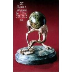 Изображение подарка Скульптура «Цапля с лягушкой»