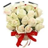 Подарочная корзина с цветами Белый танец
